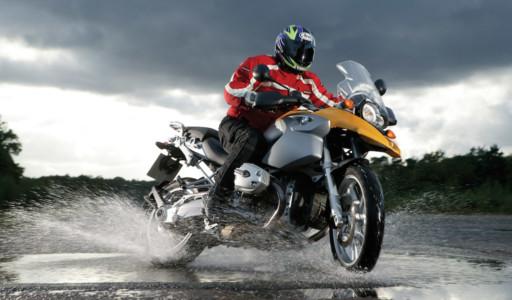 Pioggia: quando la moto diventa instabile