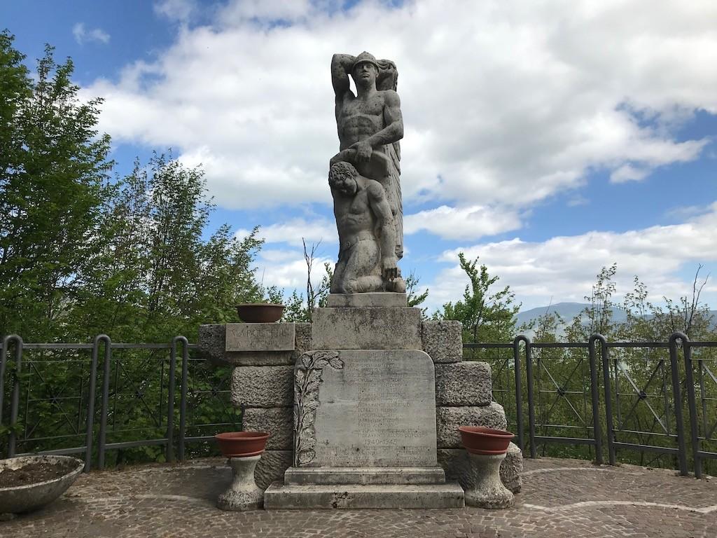 Monumento ai caduti di Marcetelli